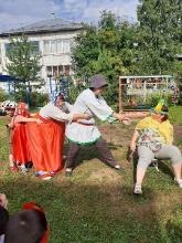Во саду ли, в огороде собрались большой семьей_4